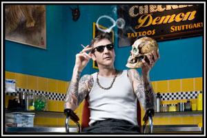 Portrait von Luke Atkinson Inhaber und Künstler von Checker Demon Tattoos
